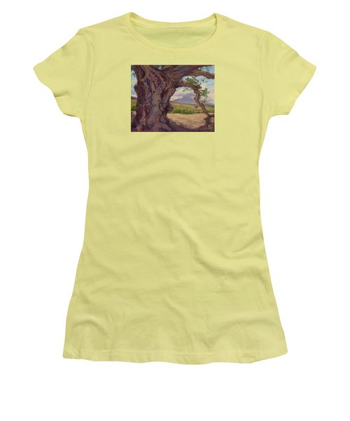 The Guardian Women's T-Shirt (Junior Cut) by Jane Thorpe