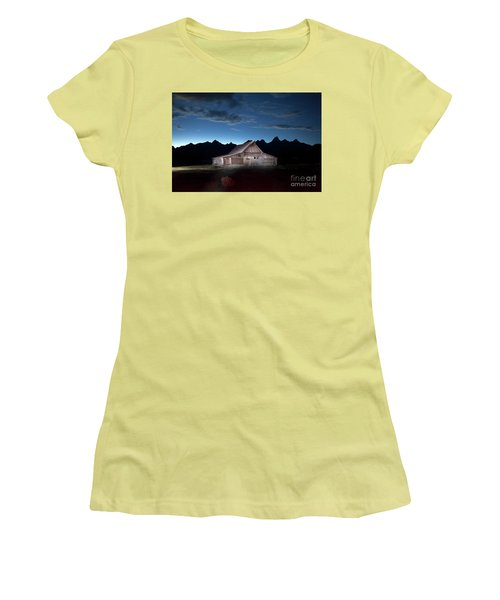 The John Moulton Barn On Mormon Row At The Base Of The Grand Tetons Wyoming Women's T-Shirt (Athletic Fit)