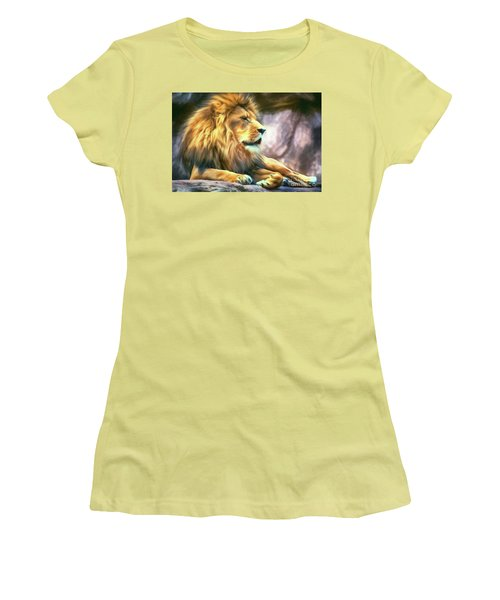 The King Of Cool Women's T-Shirt (Athletic Fit)