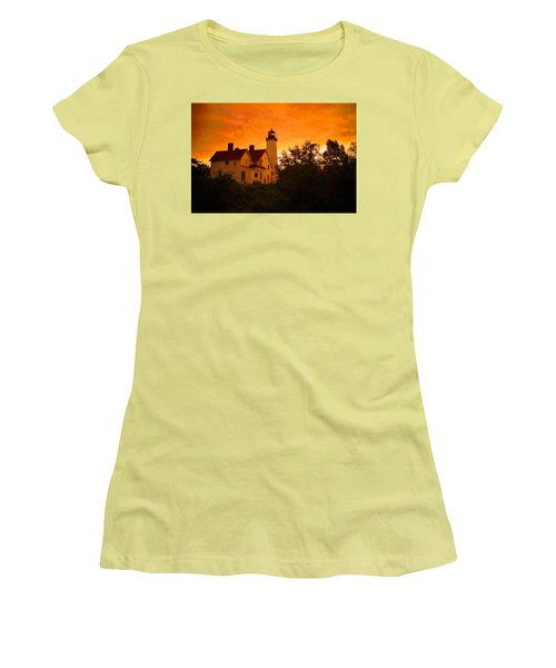 The Light At Dusk Women's T-Shirt (Junior Cut) by Daniel Thompson