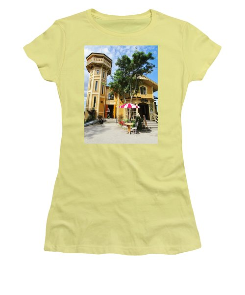 The Lyre  Women's T-Shirt (Athletic Fit)