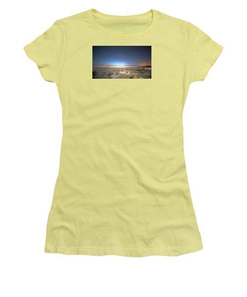 The Ocean Desert Women's T-Shirt (Junior Cut) by Robert Och