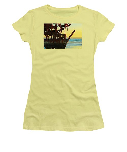 The Peter Iredale 4 Women's T-Shirt (Athletic Fit)