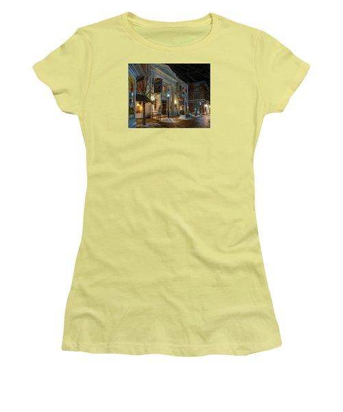 The Ri Ra Pub Women's T-Shirt (Athletic Fit)