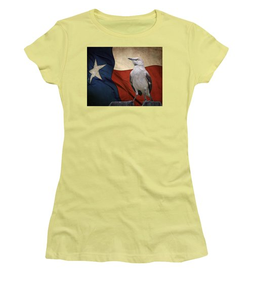 The State Bird Of Texas Women's T-Shirt (Junior Cut) by David and Carol Kelly