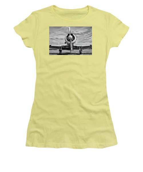 The Texan Women's T-Shirt (Athletic Fit)
