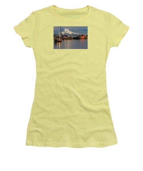 Thea Foss Waterway And Rainier 1 Women's T-Shirt (Junior Cut) by Rob Green