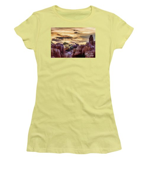 There She Goes Women's T-Shirt (Athletic Fit)