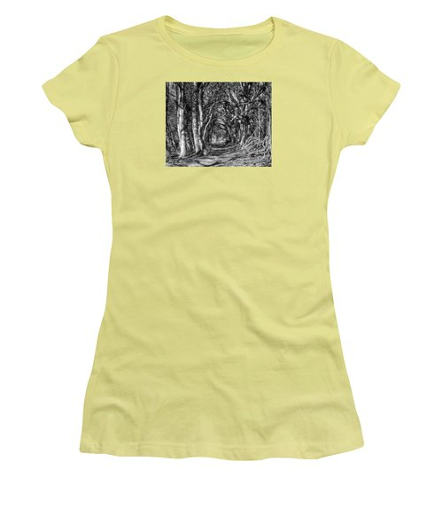 Through The Tunnel Bw 16x20 Women's T-Shirt (Athletic Fit)