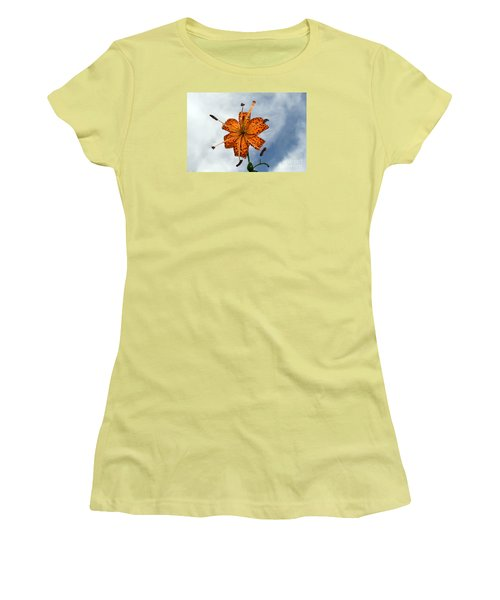 Tiger Lily In A Shower Women's T-Shirt (Junior Cut) by Kevin Fortier