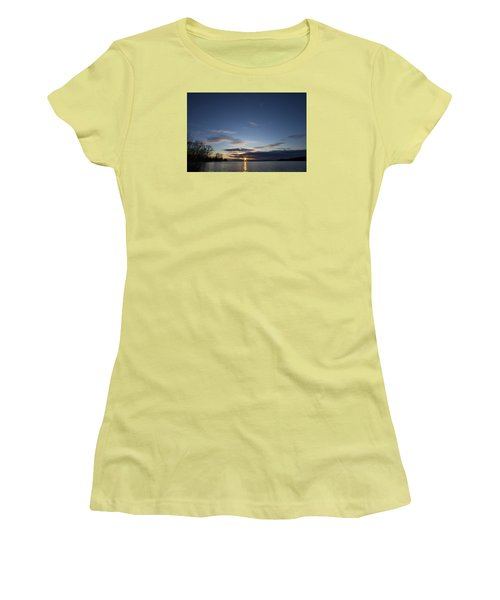 Time To Get Up Women's T-Shirt (Athletic Fit)
