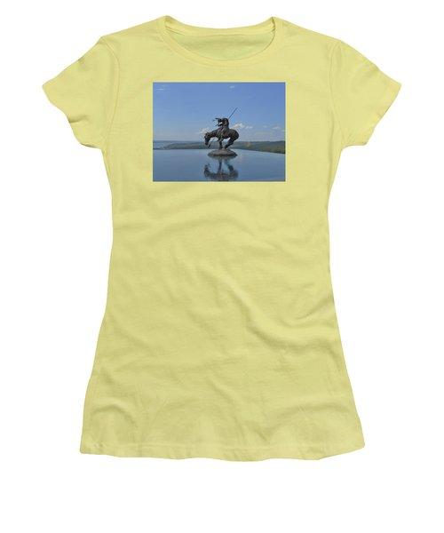 Top Of The Rock Infinity Pool Women's T-Shirt (Junior Cut) by Julie Grace