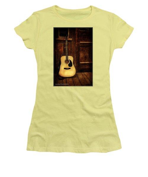 Topanga Guitar Women's T-Shirt (Athletic Fit)