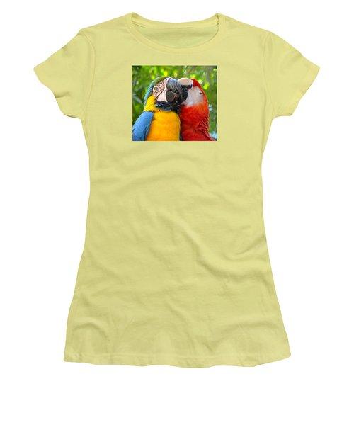 Tropical Kisses Women's T-Shirt (Athletic Fit)