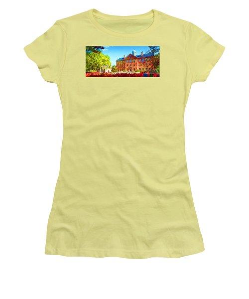 University Of North Carolina  Women's T-Shirt (Athletic Fit)