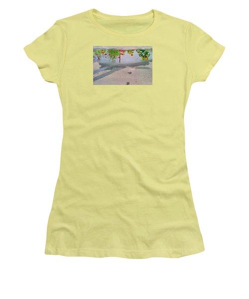 Urban Contrails Women's T-Shirt (Athletic Fit)