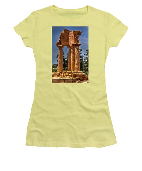 Valley Of The Temples I Women's T-Shirt (Athletic Fit)
