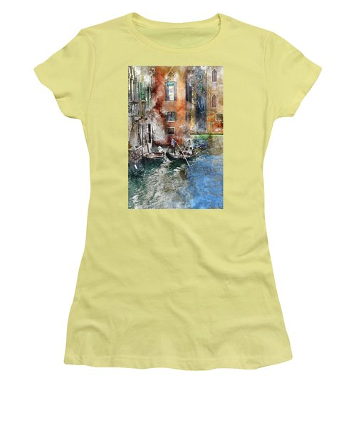 Venetian Gondolier In Venice Italy Women's T-Shirt (Athletic Fit)