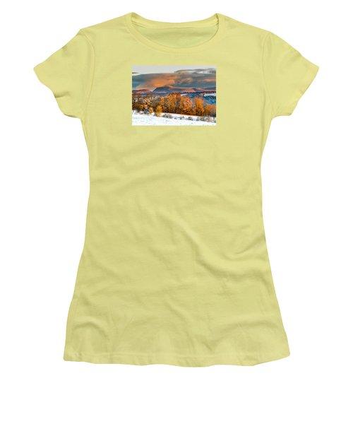 Vermont Snowliage Scene Women's T-Shirt (Junior Cut) by Tim Kirchoff