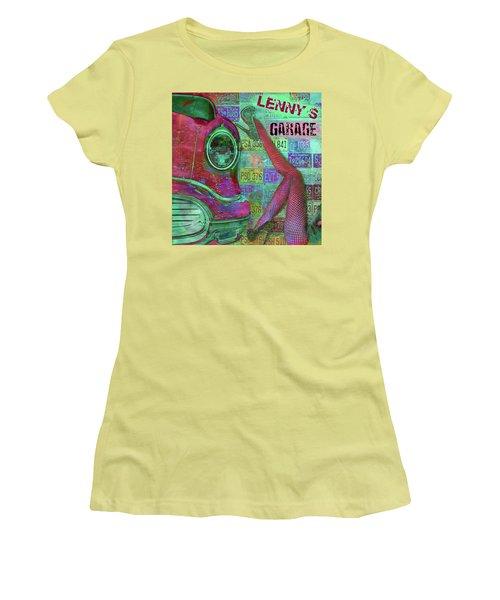 Vintage Garage Print Women's T-Shirt (Athletic Fit)