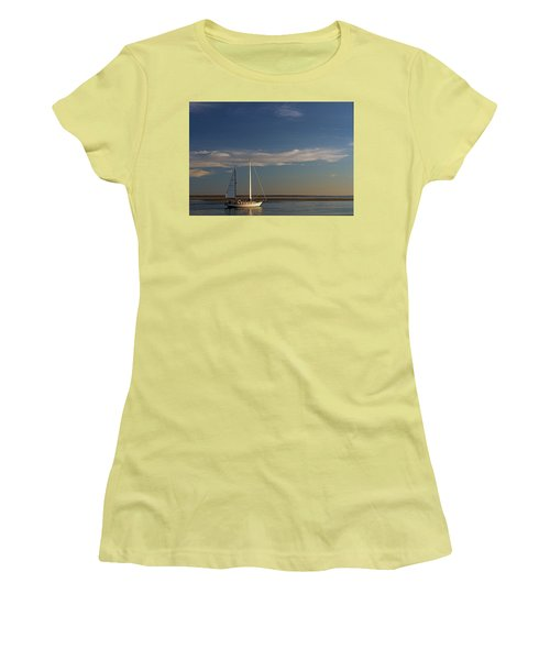 Visual Escape Women's T-Shirt (Athletic Fit)