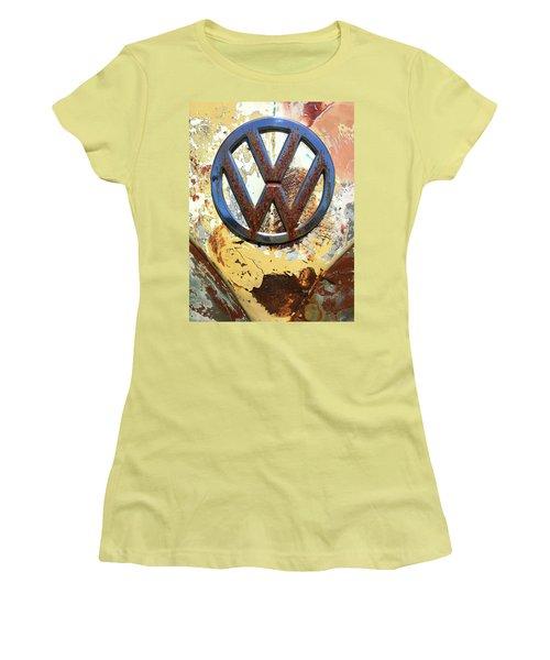 Vw Volkswagen Emblem With Rust Women's T-Shirt (Junior Cut) by Kelly Hazel