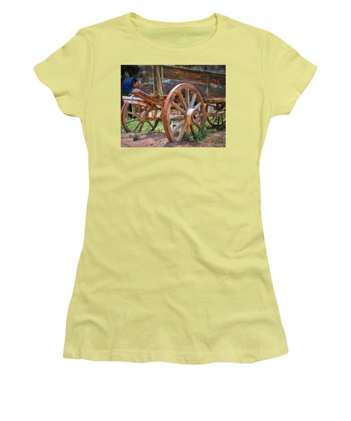 Wagons Ho Women's T-Shirt (Athletic Fit)