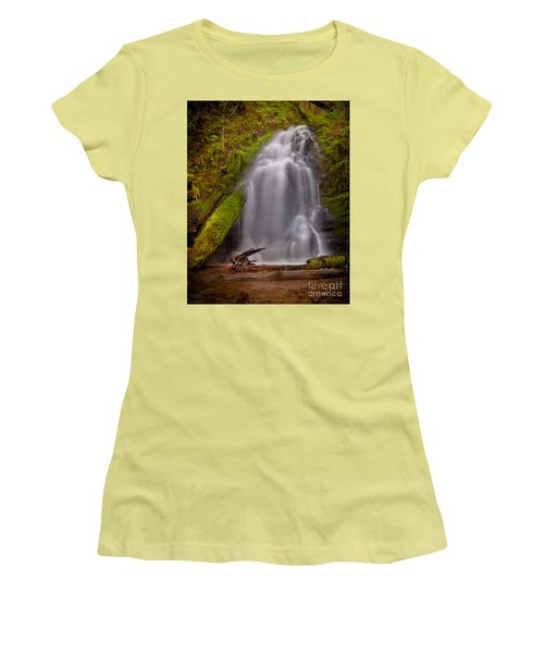 Waterfall Showers Women's T-Shirt (Athletic Fit)