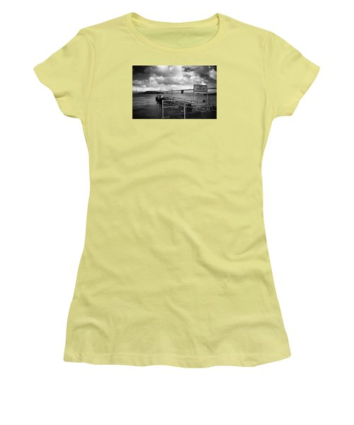 Waterfront San Francisco Women's T-Shirt (Athletic Fit)