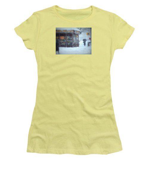 We Sell Flowers - Winter In New York Women's T-Shirt (Junior Cut) by Miriam Danar
