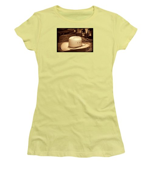 White Cowboy Hat In A Barn Women's T-Shirt (Athletic Fit)
