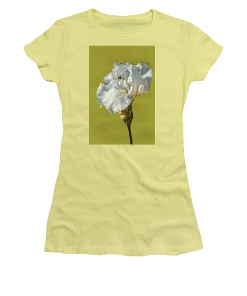 White Iris June 2016 Artistic.  Women's T-Shirt (Athletic Fit)