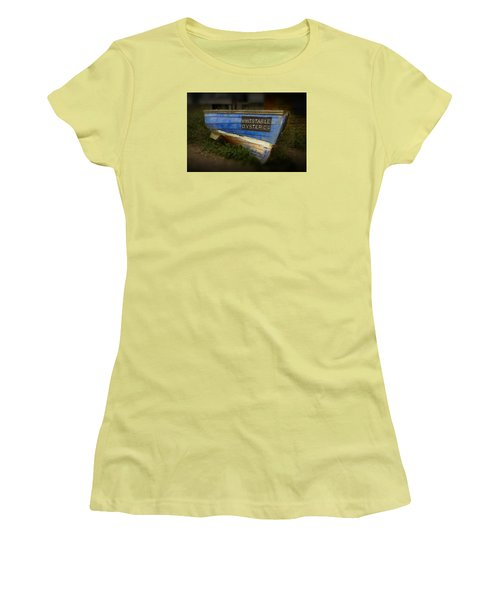 Whitstable Oysters Women's T-Shirt (Junior Cut) by David French
