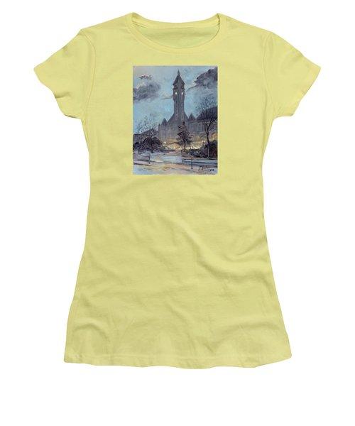 Winter Dusk - Union Station Women's T-Shirt (Junior Cut) by Irek Szelag