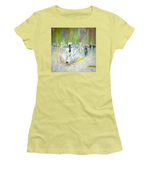 Wolves Approach Women's T-Shirt (Athletic Fit)