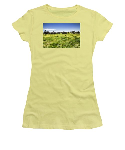 Yellow Blanket Women's T-Shirt (Junior Cut) by Douglas Barnard