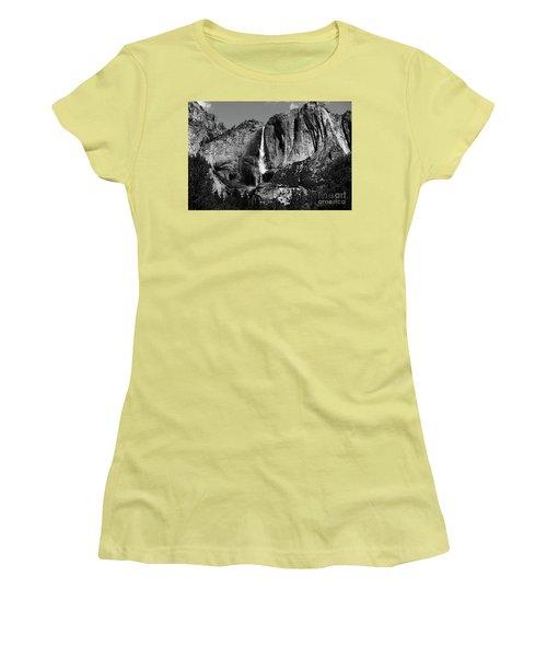 Yosemite Black Falls  Women's T-Shirt (Athletic Fit)