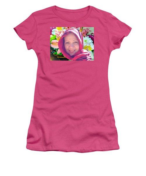 Woman Women's T-Shirt (Junior Cut) by Carlos Avila