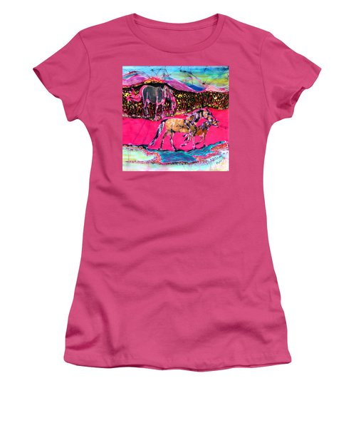 Mare And Foal Women's T-Shirt (Athletic Fit)