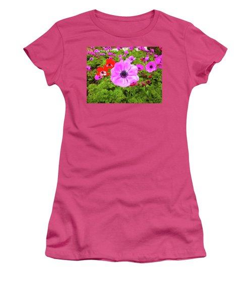 Anemone City  Women's T-Shirt (Athletic Fit)
