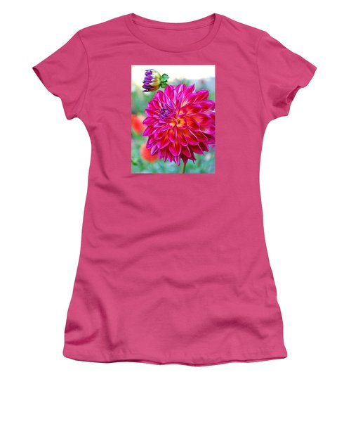 Dahlia Fuchsia Surprise  Women's T-Shirt (Athletic Fit)