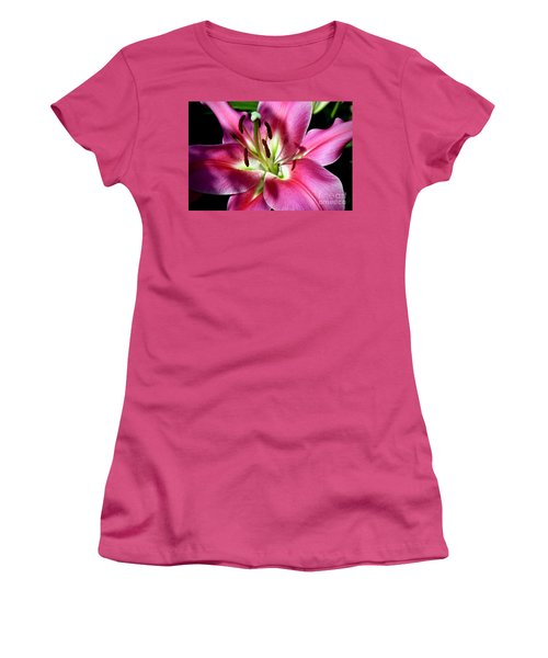 Oriental Trumpet Lily Women's T-Shirt (Athletic Fit)