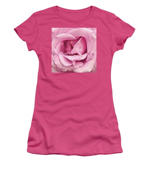 Victorian Pink Rose Bloom Women's T-Shirt (Athletic Fit)
