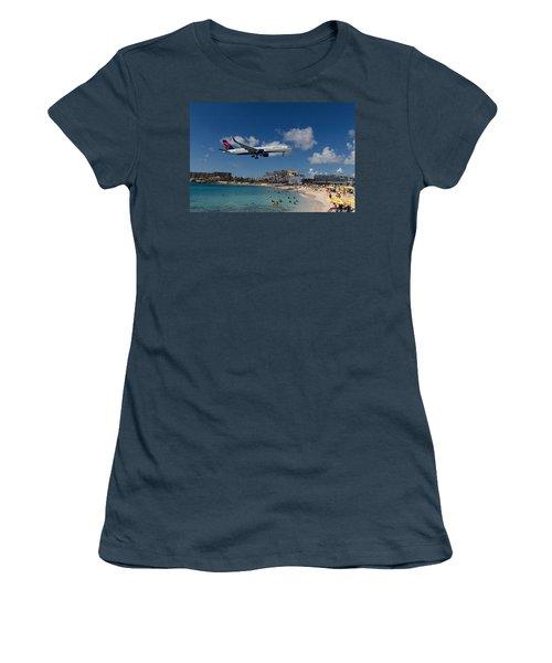 Delta Air Lines Landing At St Maarten Women's T-Shirt (Junior Cut) by David Gleeson