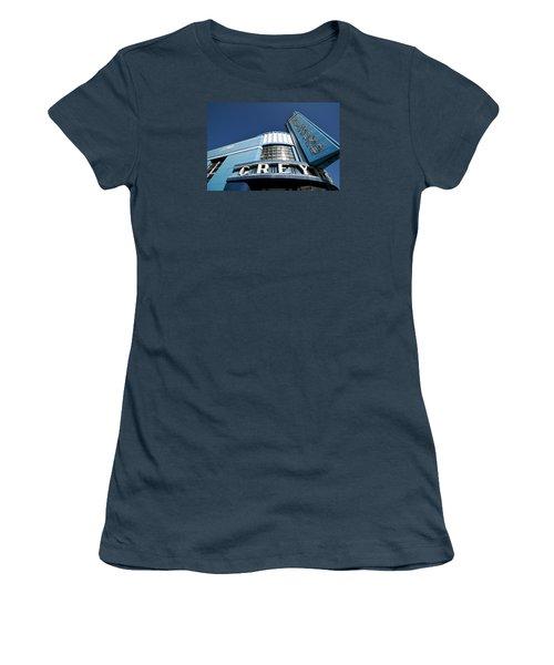 Deco Dog Women's T-Shirt (Junior Cut)