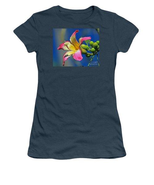 Floss Silk Bloom Women's T-Shirt (Junior Cut) by Larry Nieland