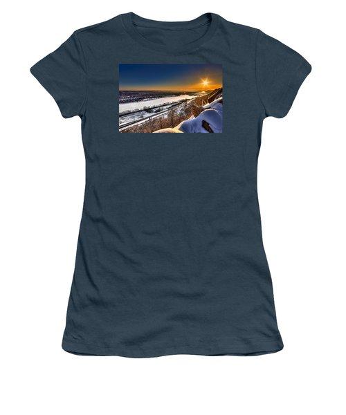 Mississippi River Sunrise Women's T-Shirt (Junior Cut) by Tom Gort