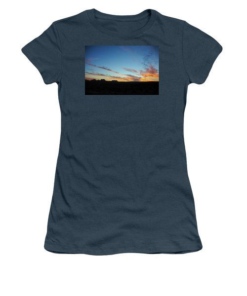 Monument Valley Sunset 2 Women's T-Shirt (Junior Cut)