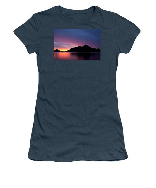 1.1.11  Women's T-Shirt (Junior Cut)