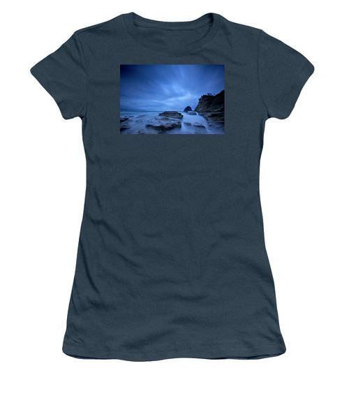 Cape Kiwanda Women's T-Shirt (Athletic Fit)